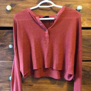 Urban Outfitters Henley Cropped shirt